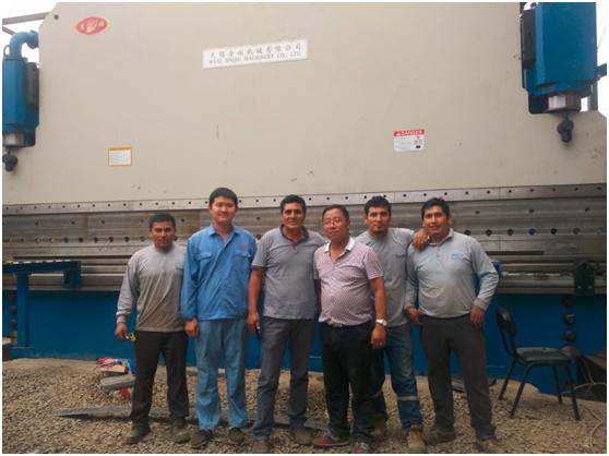 金球大型折弯机秘鲁利马安装调试与培训.jpg