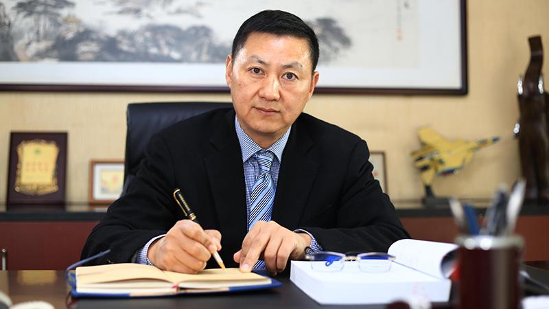无锡金球机械有限公司董事长:汪国春
